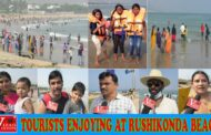 Tourists Enjoying at Rushikonda Beach - Awesome Rushikonda Beach Beach pongal Holidays Visakhapatnam